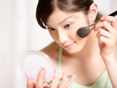 Cách trị mụn ẩn dưới da không để lại vết thâm- chăm sóc da