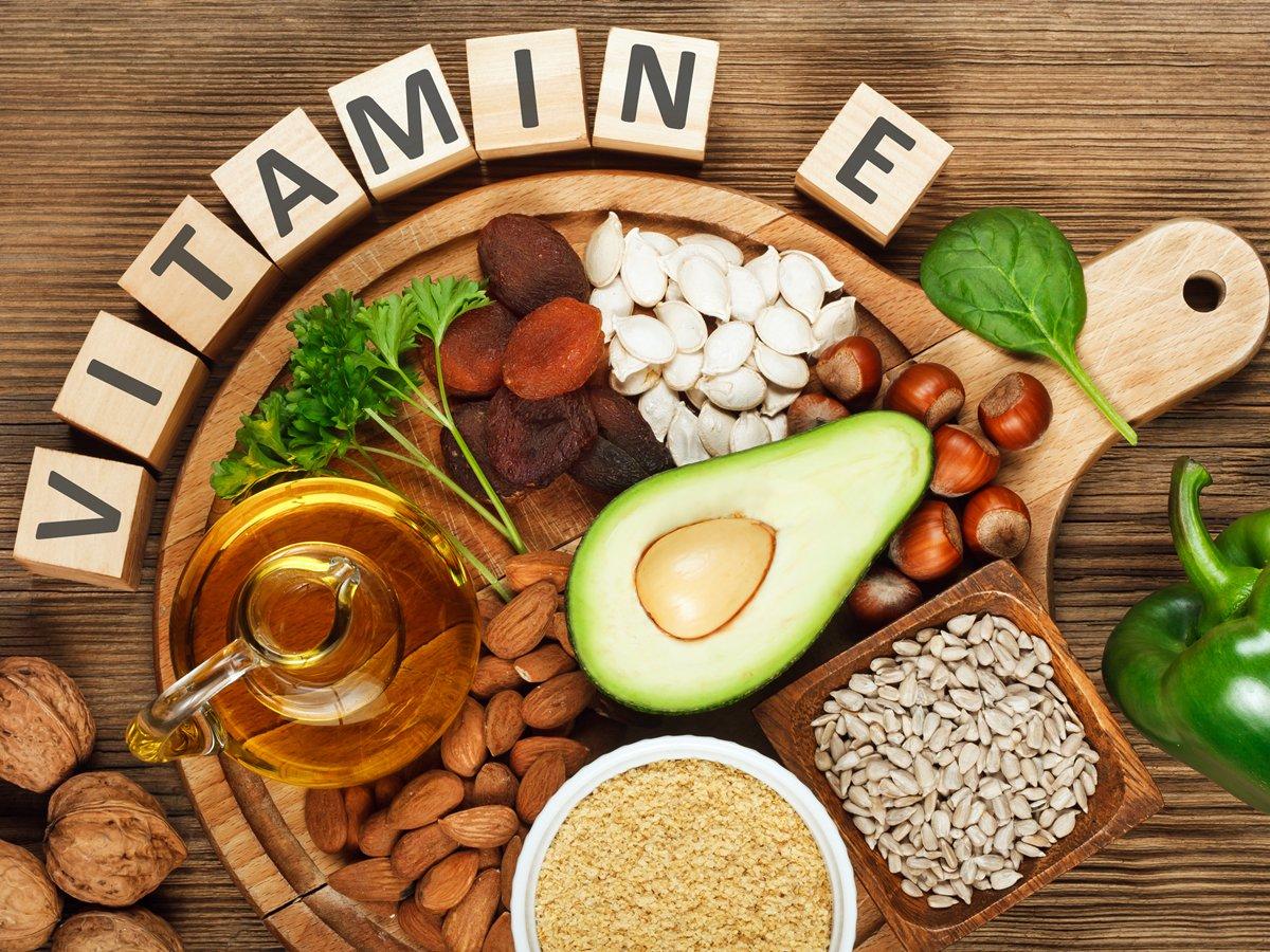 Vitamin e giúp làm mờ các vết sẹo nhanh chóng