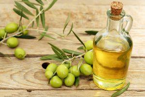 dầu oliu trị mụn rất tốt